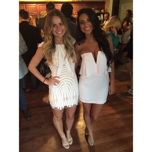 9ba917416da BCBGMaxAzria Dresses   Skirts - BCBG KATE WHITE STRAPLESS MINI DRESS SIZE 0